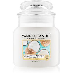 Yankee Candle Coconut Splash vonná svíčka Classic střední 411 g