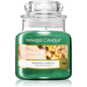 Yankee Candle Singing Carols vonná svíčka 104 g