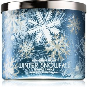 Bath & Body Works Winter Snowfall vonná svíčka 411 g
