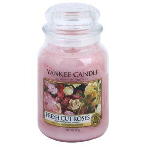 Yankee Candle Fresh Cut Roses vonná svíčka Classic velká 623 g